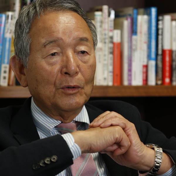 メーカーズシャツ鎌倉の貞末良雄会長(C)日刊ゲンダイ