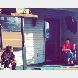 米テネシー州ジャクソンに住むウィルマさんとカレブ君(左)/(ダーリエンさんのフェイスブックから)