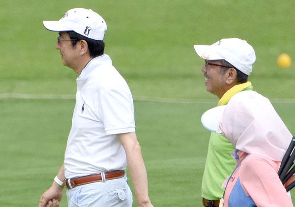 ゴルフ代や飲食代は加計理事長が負担することもあった(C)日刊ゲンダイ