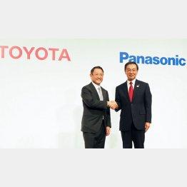 パナソニックとトヨタ自動車は車載用電池の共同開発で提携(C)日刊ゲンダイ