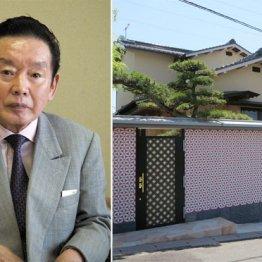 野崎幸助氏(左)と自宅