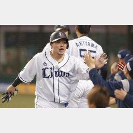 今季4番を務める山川(C)日刊ゲンダイ