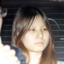 送検される女児の母・船戸優里容疑者