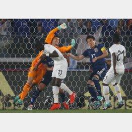 ガーナ戦は0-2で敗北(C)日刊ゲンダイ