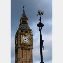今や監視カメラもロンドン名物(C)ロイター