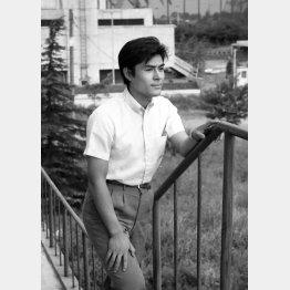 昭和37年撮影時の加藤剛さん(C)共同通信社
