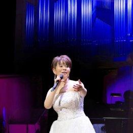 歌手・島津亜矢さんが語る 東京オペラシティに立った緊張