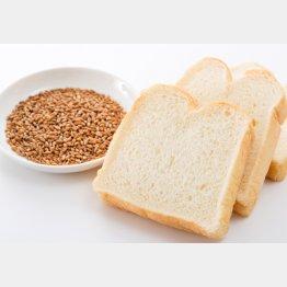 パンとパスタは危ない!(C)PIXTA