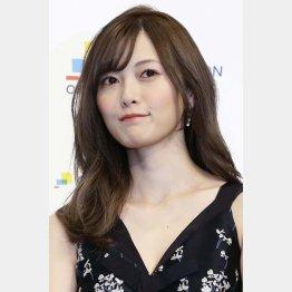 白石ファンはヤキモキ(C)日刊ゲンダイ