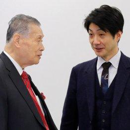 野村萬斎(右)と森喜朗会長