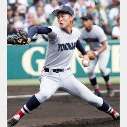 横浜の先発・及川は2本塁打を浴び7回途中4失点(C)日刊ゲンダイ