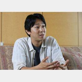 塩田武士さん(C)日刊ゲンダイ