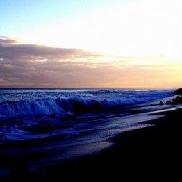 夕暮れの虎杖浜を眺めているうちに…