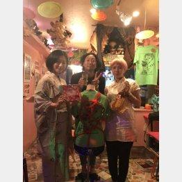 今夜のナビゲーター石橋尊久とママのセイさん(左)美大生のらむちゃん(提供写真)