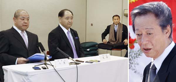 相撲協会の八角理事長(左)と尾車事業部長(左中央)と小林元顧問(C)共同通信社