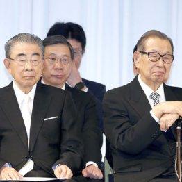亀裂が入った(鈴木敏文氏(左)と伊藤雅俊氏)