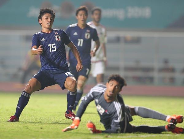 決勝弾をゴールに叩き込んだ瞬間のFW上田(C)Norio ROKUKAWA/office La Strada