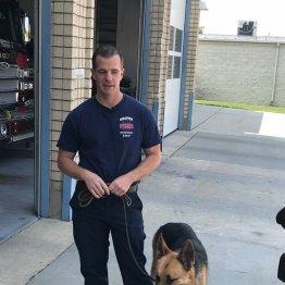 消防隊員が救出した犬を飼い始め…同僚も大喜びの深いワケ