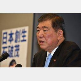 無党派層の支持率は石破氏が大きく上回る(C)日刊ゲンダイ