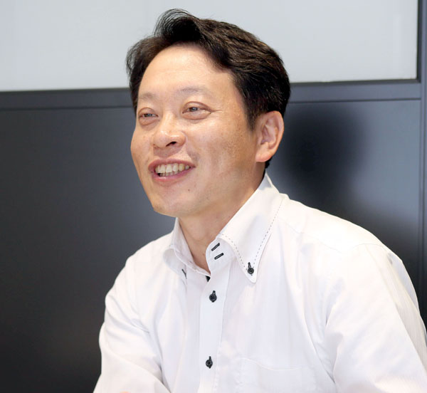 ウィラーエクスプレスの平山幸司社長(C)日刊ゲンダイ