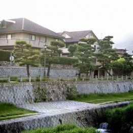 高級住宅地として知られる芦屋の街並み