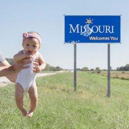 米50州訪問の最年少記録目指す赤ちゃんのインスタが大人気