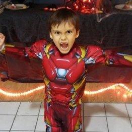 「アイアンマン」俳優が脳腫瘍の少年に贈った心温まる言葉