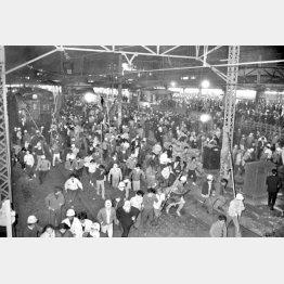 1968年の新宿騒乱事件(C)共同通信社