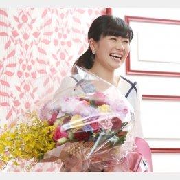 泣き虫愛ちゃんから26年、最後は終始笑顔で取材に応じた(C)日刊ゲンダイ