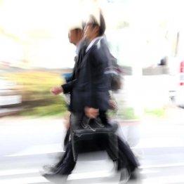 """今夏から加速…シニア人材への""""起業支援""""は新種のリストラ"""