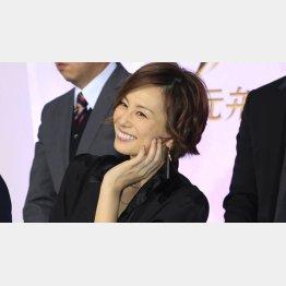 「リーガルV」が好調の米倉涼子(C)日刊ゲンダイ