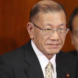 """""""全裸""""謝罪の宮腰大臣 政治資金の使途不明金6000万円にも"""