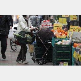 消費者は置き去りに(写真はイメージ)/(C)日刊ゲンダイ