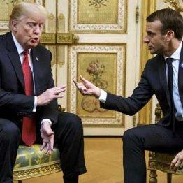 マクロン仏大統領(右)はすぐ了解