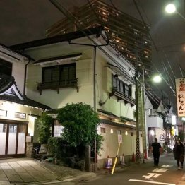 【JR平井駅編】<2>元花街で会ったプロの包丁さばきに脱帽