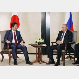 プーチンを喜ばせるために…(C)共同通信社