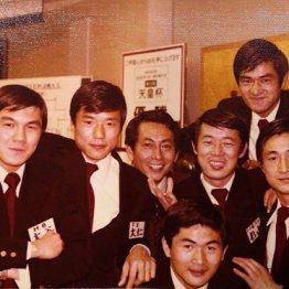 1978年、JSL、天皇杯、JSLカップの3冠制覇(一番下が本人、右から2番めが元日本代表監督・森孝慈氏)