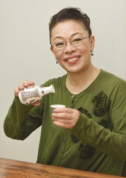 2ページ目)芋焼酎がトラウマに…女優・柴田理恵さんの酒エピソード ...