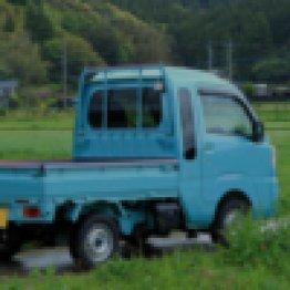 見覚えのあるトラックが…(写真はイメージ)