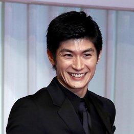 三浦春馬はテレビで生歌を披露(C)日刊ゲンダイ