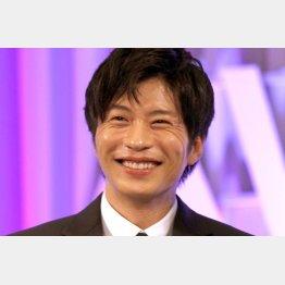 笑顔も武器(C)日刊ゲンダイ