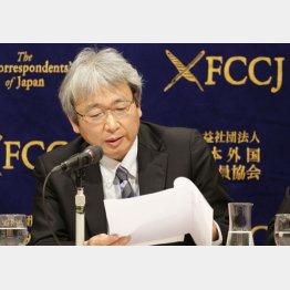 ジュファリ氏の反論を主張する大鶴弁護士(C)日刊ゲンダイ