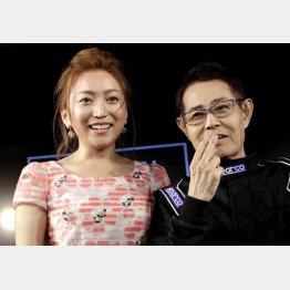 加藤茶と綾菜(左)さんは45歳差(C)日刊ゲンダイ
