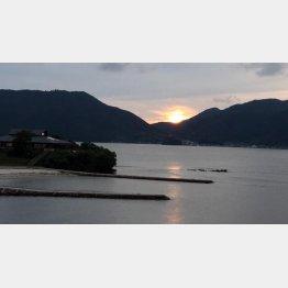 美しい海に囲まれた町(C)日刊ゲンダイ
