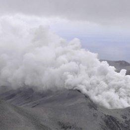 """相次ぐ噴火で火山灰蓄積…""""災害級""""冷夏の到来を専門家が指摘"""