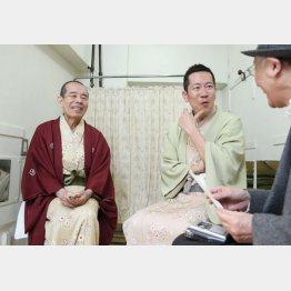 林家木久扇(左)と林家木久蔵(C)日刊ゲンダイ