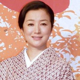 """頑な拒否から一転…鈴木京香CDデビュー&""""ナマ歌""""決意の謎"""