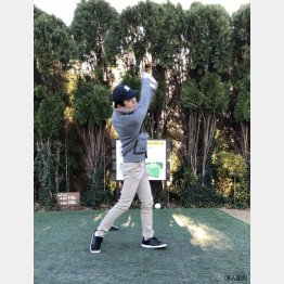 ゴルフのおかげで仕事で嫌なことがあっても大丈夫(C)日刊ゲンダイ