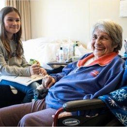 高齢者の願いをかなえたい…11歳少女の募金活動に共感の涙