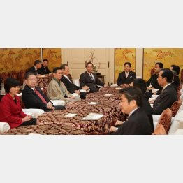 野党共闘のために何をすべきか…(C)日刊ゲンダイ